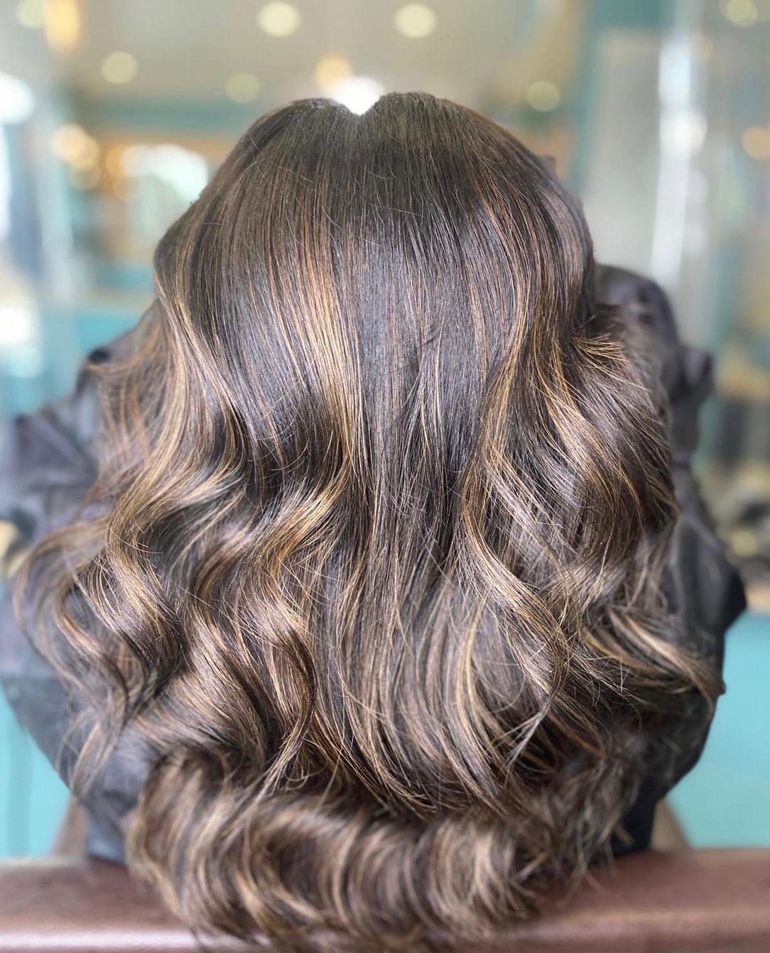 Strands Hairdressing